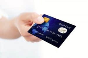 Hvordan et kredittkort kan hjelpe deg!